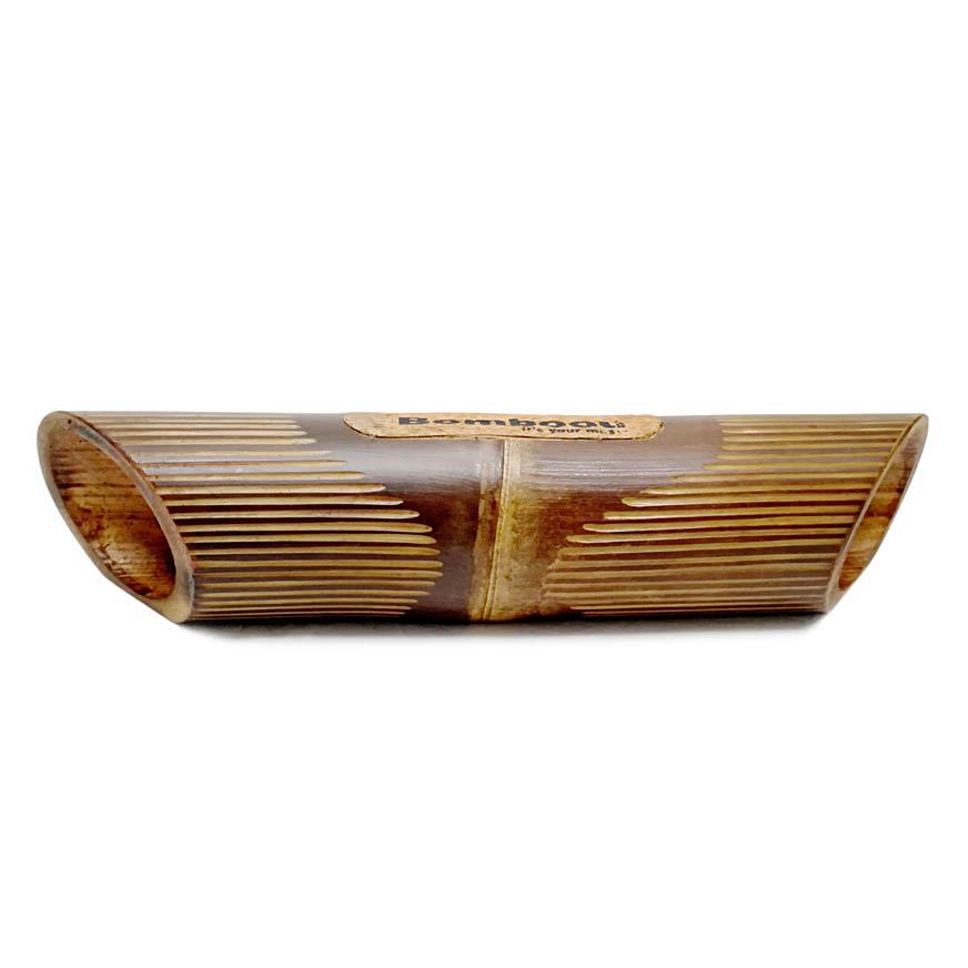 altavoz bambú grabado lines